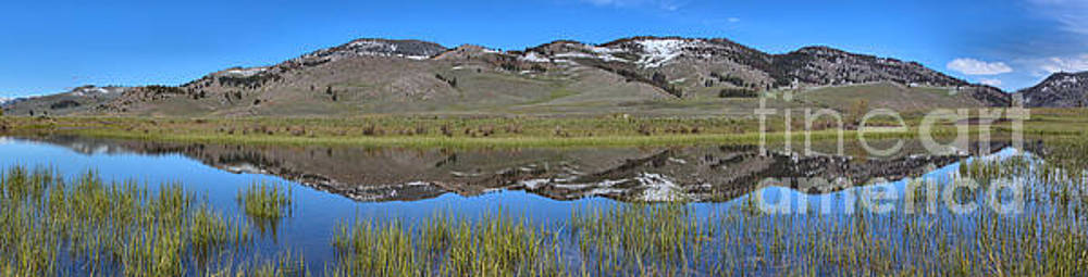 Adam Jewell - Perfect Panoramic Reflections At Slough Creek