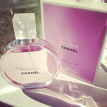#perfume #chanel #instagood #beautiful by Shyann Lyssyj