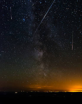 Perseids Meteor Shower by David Attenborough