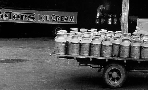 Peter's Ice Cream by Miroslava Jurcik
