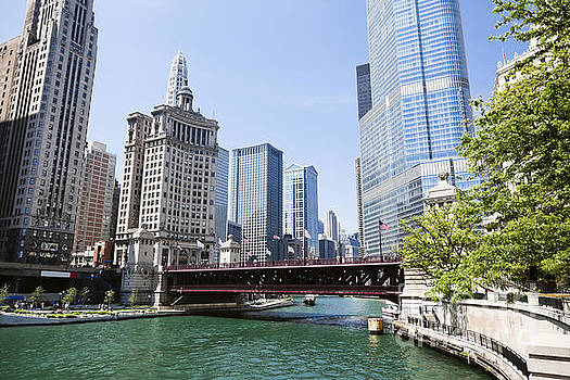 Paul Velgos - Photo of Chicago Skyline at Michigan Avenue Bridge