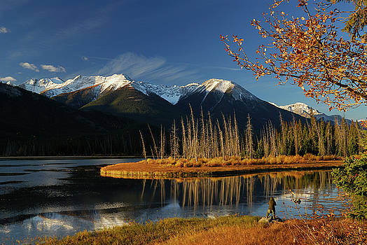 Reimar Gaertner - Photographer on First Vermilion Lake at sunrise in the Fall