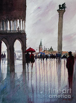 Under one umbrella, Couple in Piazza San Marco Vinezia by Lior Ohayon