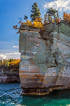 Picture Rock Cliff by Lonnie Paulson