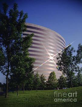 Gary Gingrich Galleries - Corporate Woods Pie Building