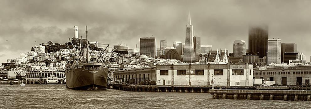 Pier 45 by Thomas Schreiter