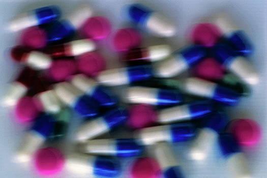 Sami Sarkis - Pile of medical capsules
