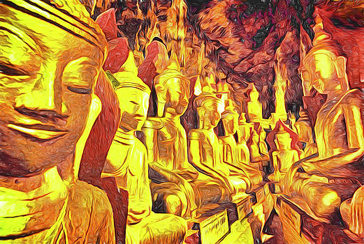 Dennis Cox Photo Explorer - Pindaya Buddhas