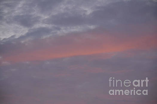 Pink In The Sky 2 by Ruth Housley