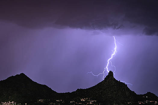 James BO Insogna - Pinnacle Peak Lightning Bolt