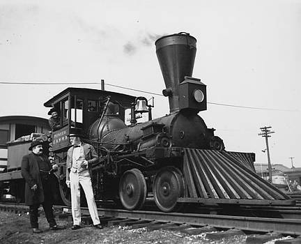 Chicago and North Western Historical Society - Pioneer Steam Locomotive at Chicago Shops - 1948