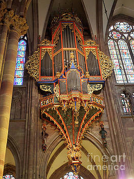Pipe organ in Strasbourg Cathedral by Louise Heusinkveld