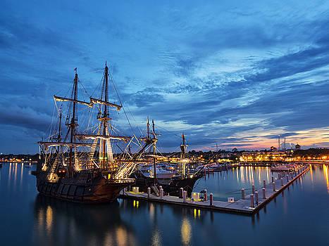 Pirate Ship by Baptiste De Izarra