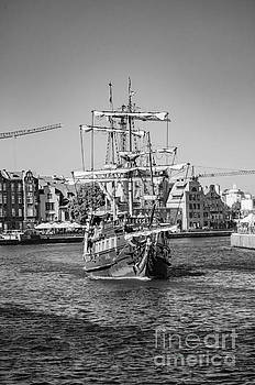 Mariusz Talarek - Pirate ship, Gdansk BW