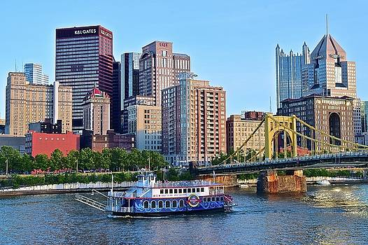 Pittsburgh River Cruise  by Frozen in Time Fine Art Photography