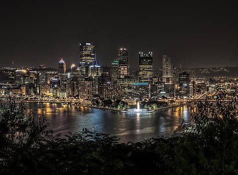 Pittsburgh Skyline by Brent Durken