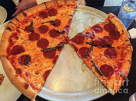 Pizza by Thomas Marchessault