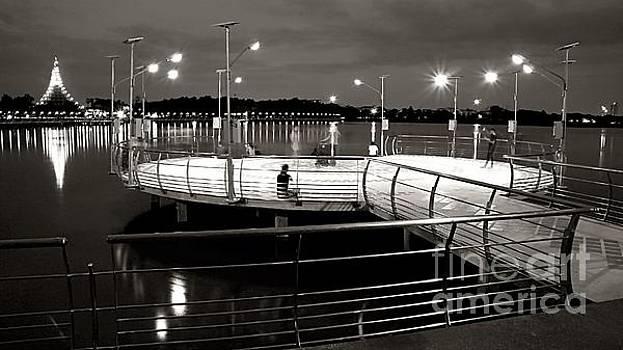 Platform Of Light by Ian Gledhill