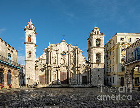 Plaza of the Cathedral in Havana by Jim Chamberlain