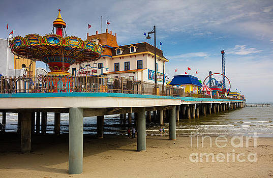 Pleasure Pier by Inge Johnsson