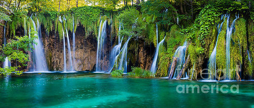 Plitvice Panorama by Inge Johnsson