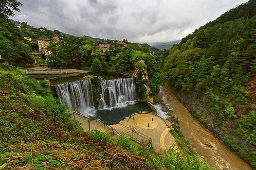 Elenarts - Elena Duvernay photo - Pliva waterfall, Jajce, Bosnia and Herzegovina