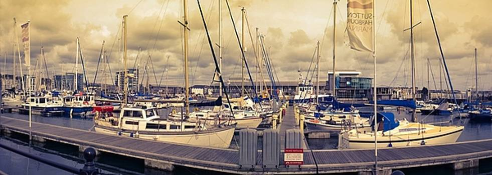 Plymouth Barbican V. Autum by Agnes V