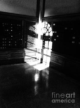 PO Box light  by WaLdEmAr BoRrErO
