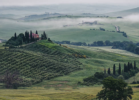 Podere Belvedere-Tuscany by Georgette Grossman