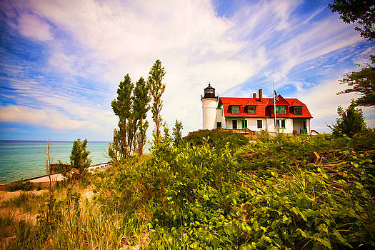 Point Betsie Lighthouse by Paul Bartoszek
