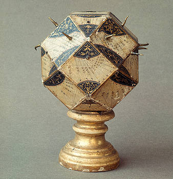 Tomsich - Polyhedral Sundial