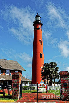 Paul Mashburn - Ponce Inlet Light