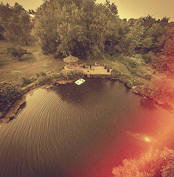 Pond  by Giovanni Arroyo