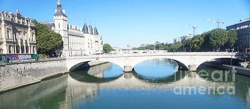 Pont au Change reflections by Therese Alcorn