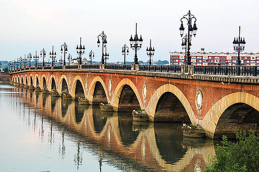 Pont de pierre in Bordeaux - Aquitaine, France by Freepassenger By Ozzy CG