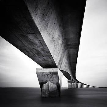 Pont Ile de Re by Nina Papiorek