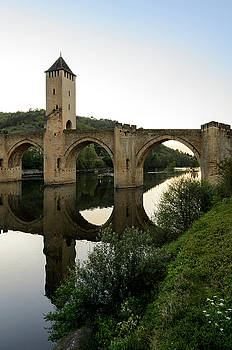 RicardMN Photography - Pont Valentre in Cahors reflections