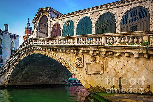 Ponte Rialto by Inge Johnsson