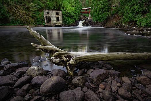 Poplar River Lutsen by Jakub Sisak
