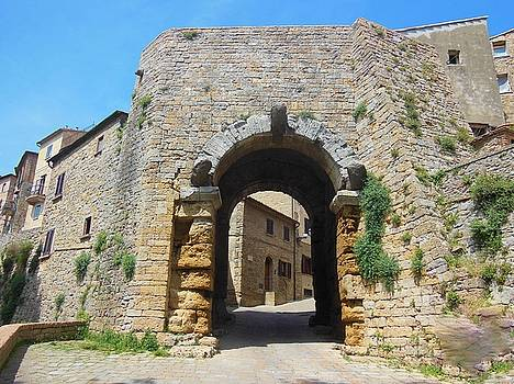 Porta all' Arco Volterra by Marilyn Dunlap