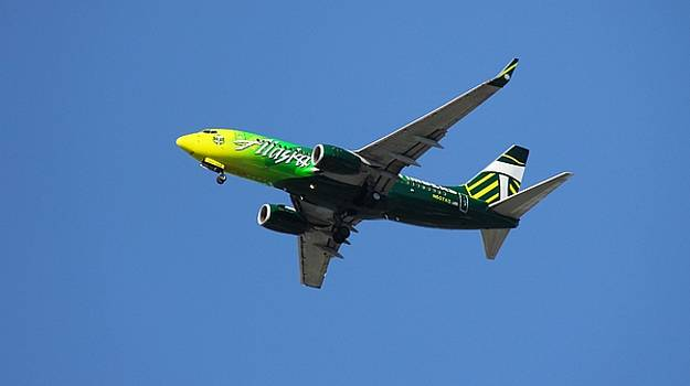 Aaron Berg - Portland Timbers - Alaska Airlines N607AS