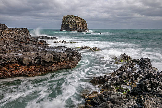 Porto da Cruz - Madeira by Joana Kruse