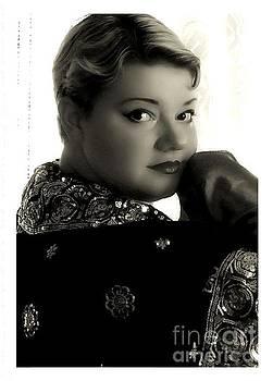 Scarlett Royal - Portrait