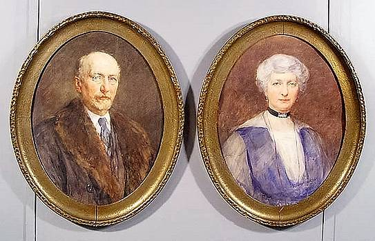 Portraits of a Lady and Gentleman, a pair by Henry Wright Kerr