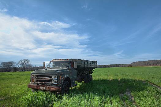 Potato Truck by Steve Gravano