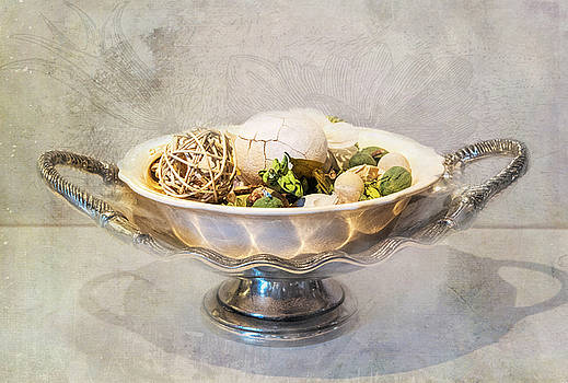 Potpourri on Silver by Lee Fortier