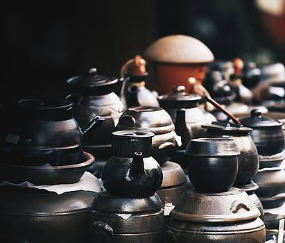 Pottery On Sale by Hyuntae Kim