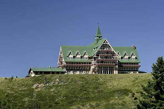 Prince of Wales Hotel by Tom Buchanan