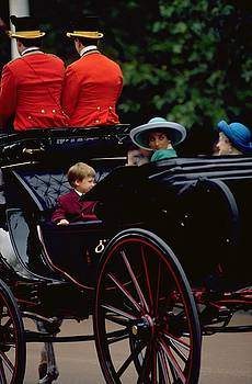 Prince William and Princess Diana on The Mall by Travel Pics