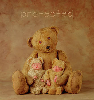 Protected by Anne Geddes